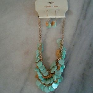 Women's Accessories/Necklace and Earring Set